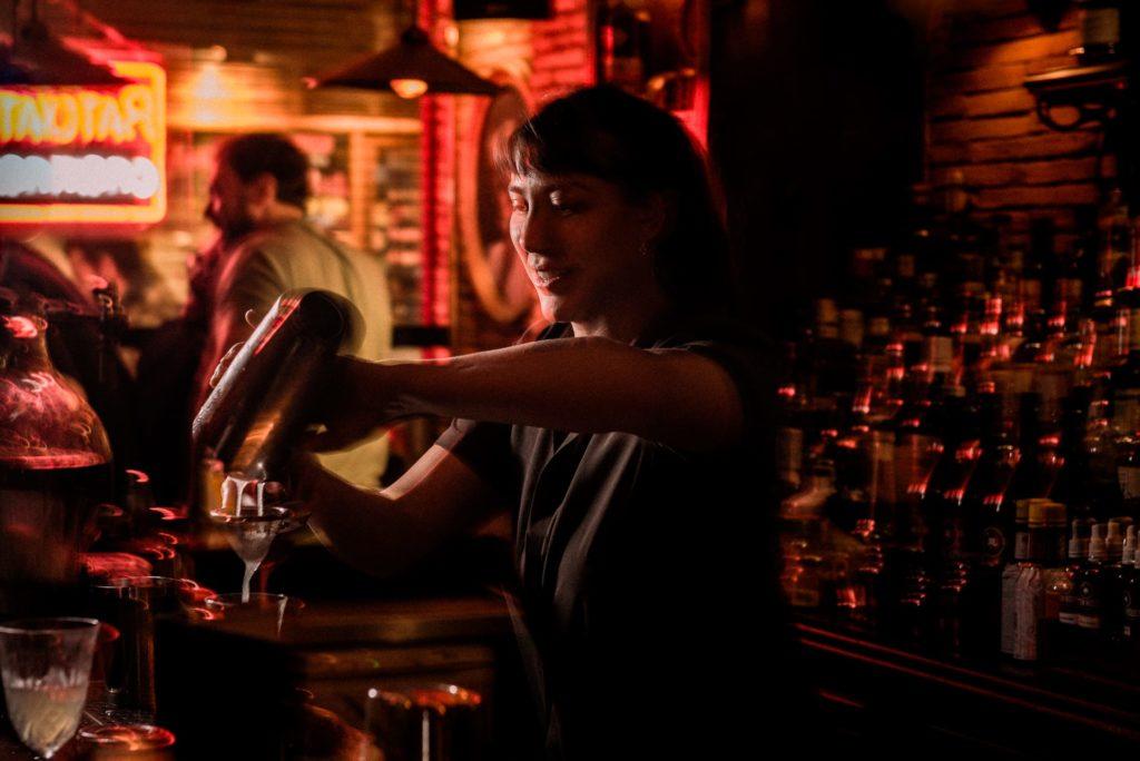 fotógrafo de coócteles, fotógrafo lifestyle, bartender, bartender photography, cactus flash,  fotografía en bares por jose salto
